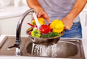 wash-fruits-and-vegetables-before-cooking